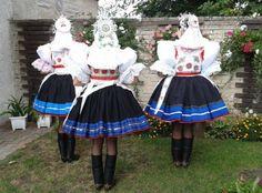 Kyjov folk costum; Družičky - kroj slavnostní