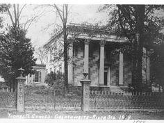 Thomas M. Cowles Mansion c. Montgomery, AL. Old Southern Plantations, Southern Plantation Homes, Southern Homes, Southern Style, Gothic Revival Architecture, Southern Architecture, Abandoned Mansions, Abandoned Buildings, Antebellum Homes