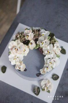 "orchid : 화이트 서양난 ""로망스""케익 : 수케이크. 아뜰리에수 : 네이버 블로그"