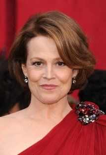 Watching Holes right now.  Perfect time to add Sigourney Weaver to my list.  I love her range, her energy and verve.  I relish her fabulous performances in Galaxy Quest, The Year of Living Dangerously, Dave, Working Girl, Ghostbusters, Heartbreakers, Copycat, and the Alien movies...  to name a few.