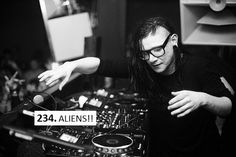 A PLACE WHERE ALL SKRILLEX FANS ARE WELCOME. TO APPRECIATE THE 8TH WONDER OF THE WORLD, SONNY MOORE....