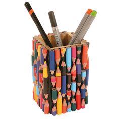 Recycled Crayons Pen & Pencil Pot Holder for the Desktop Handmade Stationery Diy Crafts Hacks, Diy Home Crafts, Craft Stick Crafts, Creative Crafts, Creative Things, Creative Ideas, Diys, Pencil Crafts, Crayon Crafts
