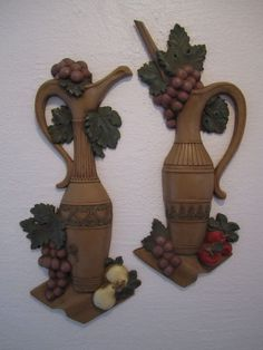 2 Tuscan Wine Jugs Unsversal Statuary Wall Plaques Grecian Urns Grape Pears #453