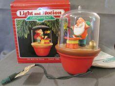 Hallmark Christmas Ornament 88' Santa Magican Train Magic Motion Vintage | eBay
