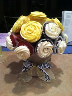 Large Cupcake Bouquet with a few flavors
