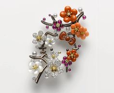 MIKIMOTO×HELLO KITTY ジュエリーコレクション | トピックス | ハローキティ40周年スペシャルサイト Mikimoto, Hello Kitty Jewelry, Hello Kitty Collection, Sanrio Hello Kitty, Life, Accessories, Jewelry