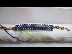 DIY: BRACCIALE CON BAGLE E PERLE4 MM: tutorial