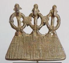 For Auction: SENUFO Bronze superb pendant Senoufo Ivory Coast ( on Mar 2020 Bronze Pendant, Ivory Coast, Ivoire, African Art, Correct, Display, Dimensions, Auction, Photos