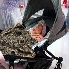thanks @mariacegonha #abcdesign #thinkbaby #mambamoments #little #girl #sleeping #kinderwagen #stroller #prams #pushchair #instagood #photooftheday #melange #fabric #grey_melange #style #fashion #sweet #cute #like #pink #abcdesign_mamba #mamba