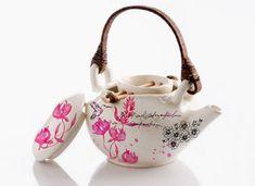 Google-kuvahaun tulos kohteessa http://www.lushlee.com/images/kitchen-accessories/10/5/rito-deco-teapot.jpg