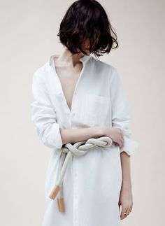 bienenkiste:Marta Dyks by Laurence Ellis for Amica June 2014 Fashion Details, Look Fashion, Fashion Outfits, Minimal Chic, Minimal Fashion, Minimal Design, Vic Beckham, Style Minimaliste, Mode Editorials