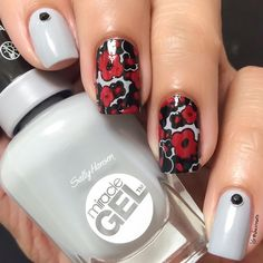 Instagram user shazroseto did her name proud with this rose-red nail art featuring #MiracleGel shade, #Greyfitti.