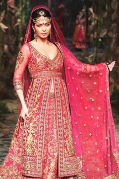 Café com Chai: Desfile Noiva Indiana - India Bridal Fashion Week-Coleções 1