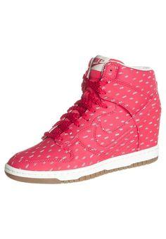 Nike- <3
