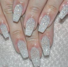 Sparkle Nails Christmas Elegant Sparkle 63 Ideas : Page 2 of 21 : Creative Vision Design Stylish Nails, Trendy Nails, Cute Nails, My Nails, Hair And Nails, Nail Art Designs, Cute Acrylic Nail Designs, Homecoming Nails, Prom Nails