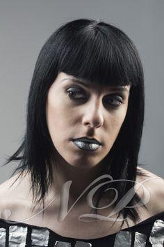 "Maquillaje de pasarela, inspirada en ""Paco Rabanne""  Modelo: Alba Montserrat   Maquillaje: Naroa Poulin   Estilismo: Naroa Poulin   Fotografía: Ivan Caponio"