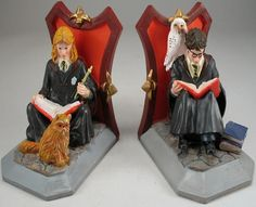 book ends - Harry Potter Harry Potter Charms, Harry Potter Theme, Harry Potter World, Harry Potter Memorabilia, Harry Potter Merchandise, Harry Potter Bookends, Harry Potter Christmas Tree, Welcome To Hogwarts, Literary Gifts