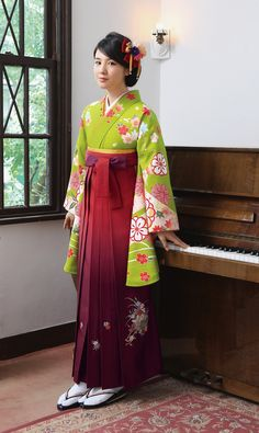 Model Nanami - Kimono & hakama for memorial day || Source : Maimu rental kimono - 2014
