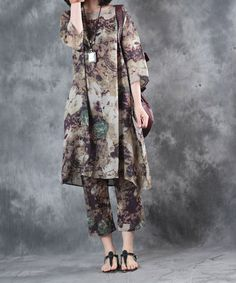 Buy Vintage Prints Long Linen Plus Size Tunic With Harem Cropped Pants in Two-piece Outfits online shop, Morimiss offers Two-piece Outfits to make you feel comfortable Batik Fashion, 60 Fashion, Over 50 Womens Fashion, Skirt Fashion, Vintage Fashion, Pakistani Fashion Casual, Pakistani Outfits, Muslim Fashion, Hijab Fashion