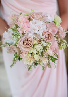 Beautiful bouquets in your colors!
