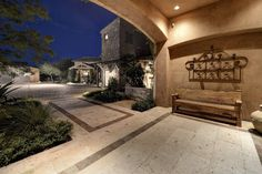 Scottsdale Usa - Find your dream luxury home in Scottsdale, United States! JamesEdition features the best luxury properties and homes worldwide. Zillow Homes, Old World Style, Pent House, Luxury Homes, Home And Family, Villa, United States, Real Estate, Exterior