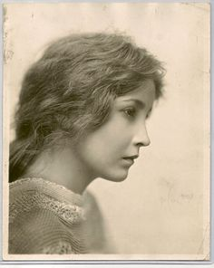 Bessie Love. Silent film star, female beauty, vintage, history, portrait, powerful face, intense, strong, photo b/w.