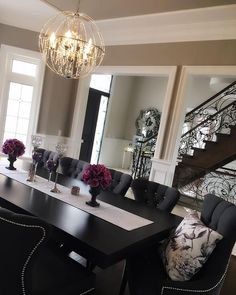 Exclusive Black Dining Tables Ideas For Your Unique Dining Room  #exclusivedesign #interiordesigners #diningroomdesign #bocadolobo #passioniseverything #luxuryfurniture #luxury #homedecor #homeideas #diningroomfurniture #diningroom #blackdiningtables #diningtables #diningtablesideas #blackluxurytables
