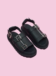 newest c07e6 7a2f3 Bab Sandal Unif, Outfit Goals, Sock Shoes, Designer Shoes, Sandal, Slide