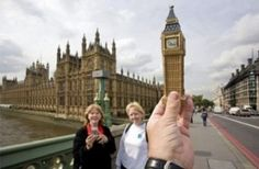 http://shechive.files.wordpress.com/2012/03/forced-perspective-1.jpg
