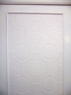 Great sliding closet door makeover using paintable wallpaper Remodelaholic » Blog Archive Frugalicious Closet Door Makeover, Monthly Contributor » Remodelaholic