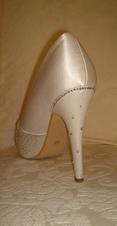 Shoesies, size 5-6, just £15!