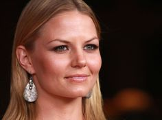 Jennifer Morrison She made her feature film directorial debut with Sun Dogs (2017). Command Conquer 3, Sun Dogs, Natural Testosterone, Green Coffee Bean Extract, Medical Drama, Normal Guys, Jennifer Morrison, Inspirational Celebrities