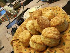 Mennonite Girls Can Cook: Buttermilk Biscuits