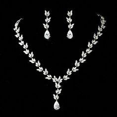 acba62f50c3e Cubic Zirconia Leaf Design Bridal Jewelry Set  cubiczirconia Joyas Para  Novias