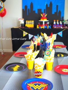 Superhero birthday party ideas with DIY decorations, printables, favor and food ideas for boys or girls!