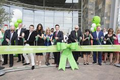 Watch the confetti fall as we celebrate something BIG! Isagenix is proud to share the grand opening of our new world headquarters!