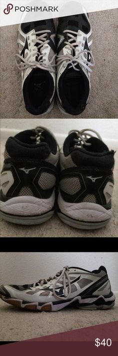 Asics Volleyball Shoes White Asics volleyball shoes. Worn. Size 11 in  Womens Asics Shoes 7351ba79d8