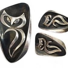 piece) Taxco sterling silver jewelry, signed Ledesma (Enrique Ledesma, Mexico, with stylized cat/ owl mot. on Jul 2019 Sterling Silver Jewelry, Gemstone Rings, Auction, Brooch, Earrings, Google, Work Nails, Ear Rings, Stud Earrings