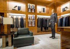Ermenegildo Zegna Store by Peter Marino Mens Suit Stores, Clothing Store Displays, Store Layout, Retail Store Design, Men Store, Boutique Interior, Shop Interiors, Home Decor Styles, Showroom