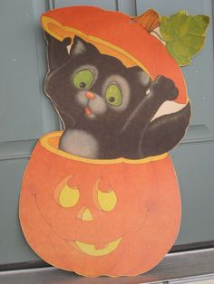 Vintage Halloween Cat Die Cut Decoration ca. 1970s (3997-W)