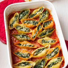 #Vegetarisches #Soulfood gesucht? Dann hat deine Suche ein Ende!  Denn dieses #Rezept für gefüllte Muschelnudeln ist ein Traum: Schnell zubereitet, einfach zu kochen und gesund! Kurz: Das perfekte #Mittagessen fürs #Homeoffice.