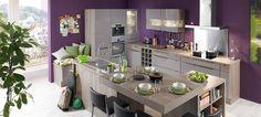 Un spațiu unde bucătarul este în centrul atenției tuturor. Totul este bine așezat, spațiul este bine gândit, iată locul ideal pentru a da frâu liber creativității sale culinare!