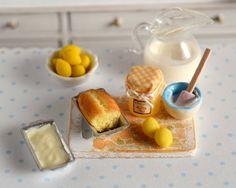 Miniature Lemon Curd Pound Cake Set por CuteinMiniature en Etsy