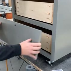 Woodworking Techniques, Easy Woodworking Projects, Popular Woodworking, Diy Wood Projects, Furniture Projects, Woodworking Shop, Wood Furniture, Woodworking Plans, Woodworking Inspiration