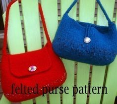 The Everyday Purse felted purse knitting pattern. $6.00, via Etsy.