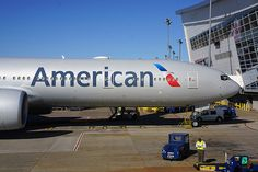 AMERICAN AIRLINES BOEING 777-300ER ON GATE 2013-9