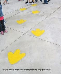 I kinda wanna sneak to your house sat morning and chalk these 'big bird' prints up your walkway ;)
