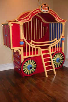 Circus Nursery Crib by Callie Staton Might be taking the circus theme a little too far Dumbo Nursery, Nursery Crib, Nursery Furniture, Painted Furniture, Kids Furniture, Vintage Circus Nursery, Carnival Nursery, Circus Room, Circus Baby