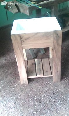 #Bathroom, #Pallet, #PalletCabinet, #PalletSinkPedestal, #PalletVanity, #RecyclingWoodPallets, #Single I made this Pallet Bathroom Sink Pedestal using only one pallet! I found a discarded pallet which had wood that needed little reconditioning. After I had dismantled it, I sanded it using an orbital sander. This gave the wood the look I