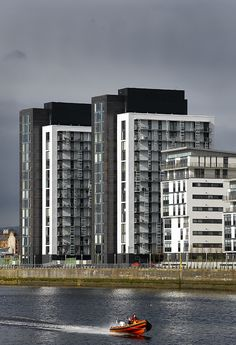 Glasgow Harbour development, Glasgow...Image by David Cadzow #bizitalk